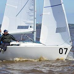 j/22 wedstrijd fok qunatum sails