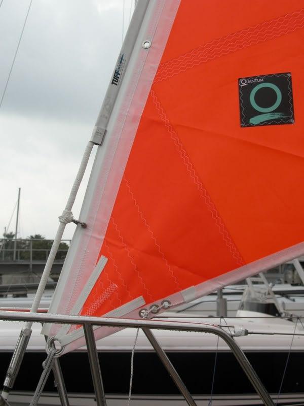 oranje stormfok Quantum sails