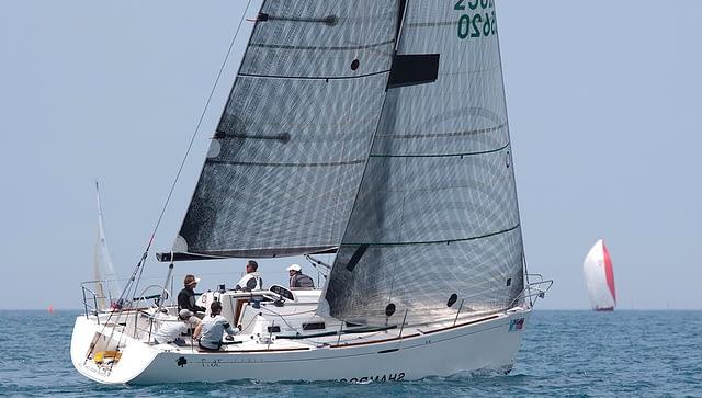 fusion M wedstrijd genua racefok quantum sails